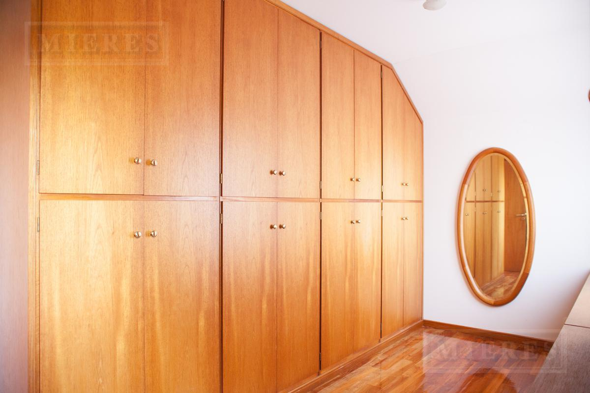 Mieres Propiedades - Importante casa de 540 mts. en El Estribo