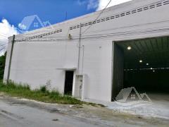 Foto Bodega Industrial en Renta | Venta en  Central de Bodegas,  Cancún  Bodega en  Venta en Cancun /Av. Colosio