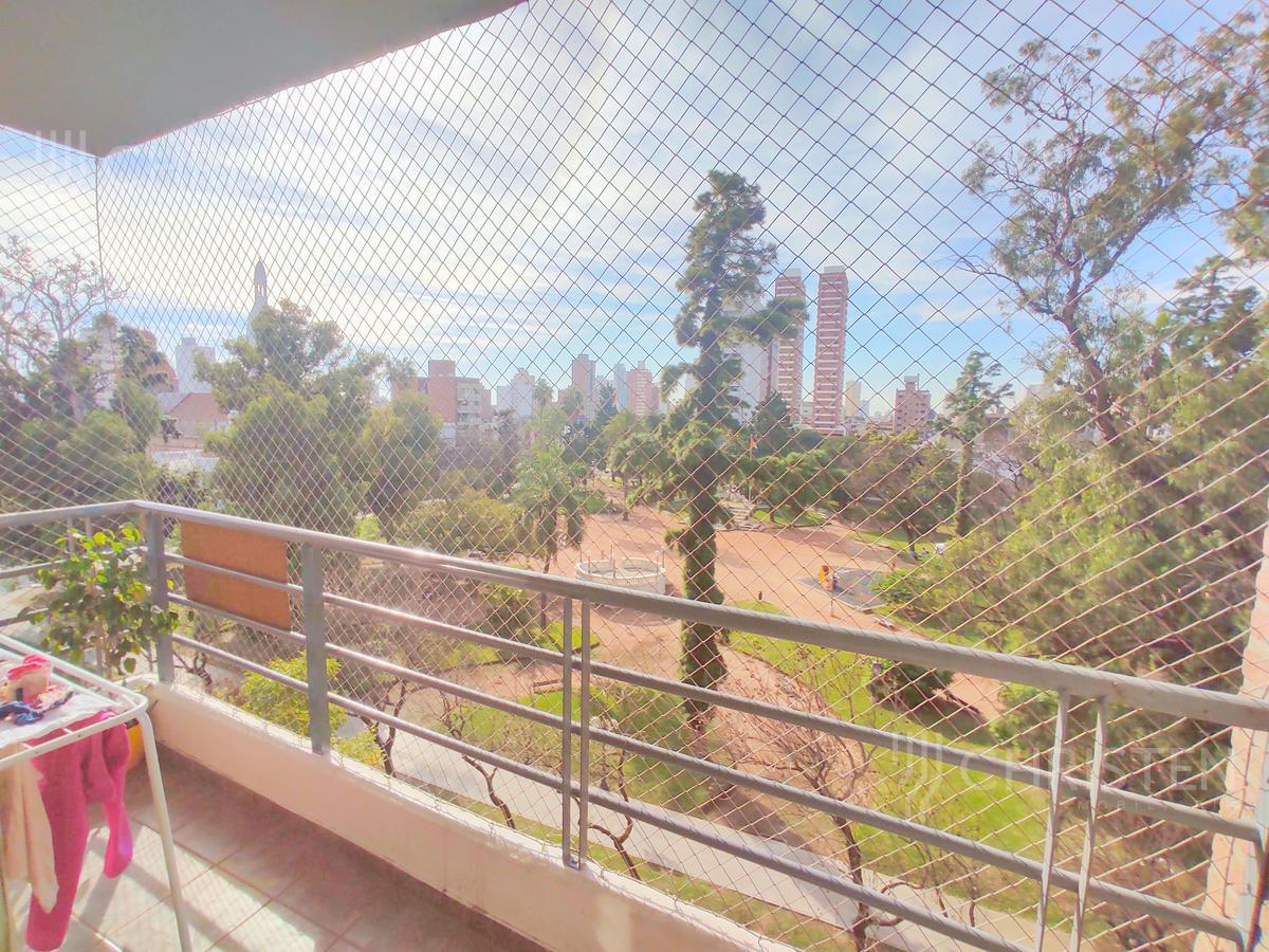 Foto Departamento en Venta en  Constituyentes,  La Capital  Urquiza al 3200