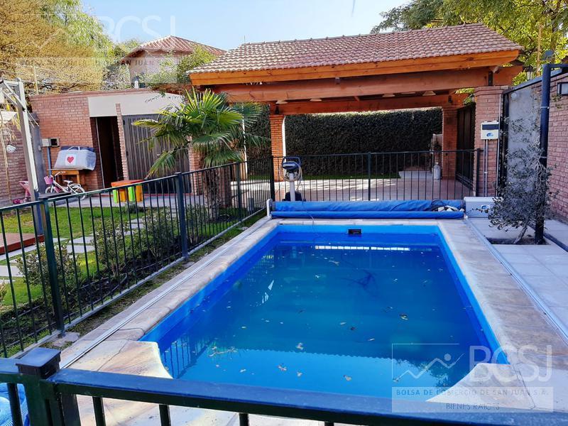 Foto Casa en Venta en  Rivadavia ,  San Juan  Excelente casa en B° Foro de Abogados