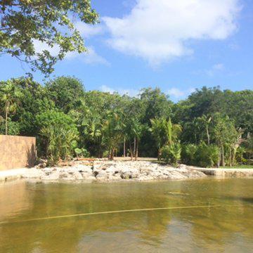 Foto Terreno en Venta en  Solidaridad,  Playa del Carmen  Terreno en venta el Desarrollo turístico Almalak en Cancún, Quintana Roo