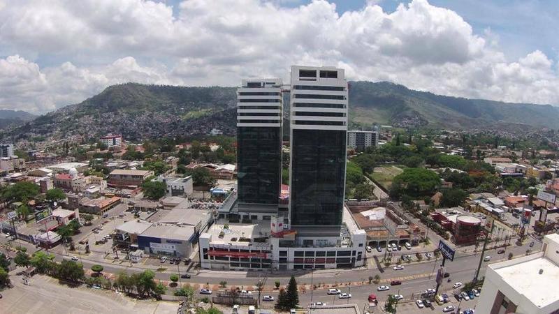 Foto Oficina en Renta en  Boulevard Morazan,  Tegucigalpa  Local En Renta Torre Morazan Tegucigalpa