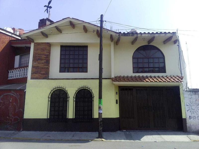Foto Casa en Venta |  en  Coapanoaya,  Ocoyoacac  CASA EN VENTA EN CENTRO DE OCOYOACAC