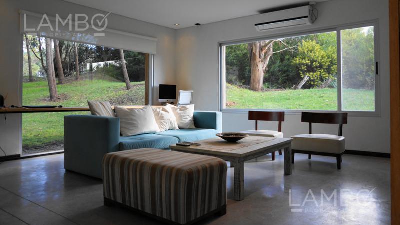 Foto Casa en Venta | Alquiler temporario en  Costa Esmeralda,  Punta Medanos  ALQUILER TEMPORARIO Y VENTA - Costa Esmeralda