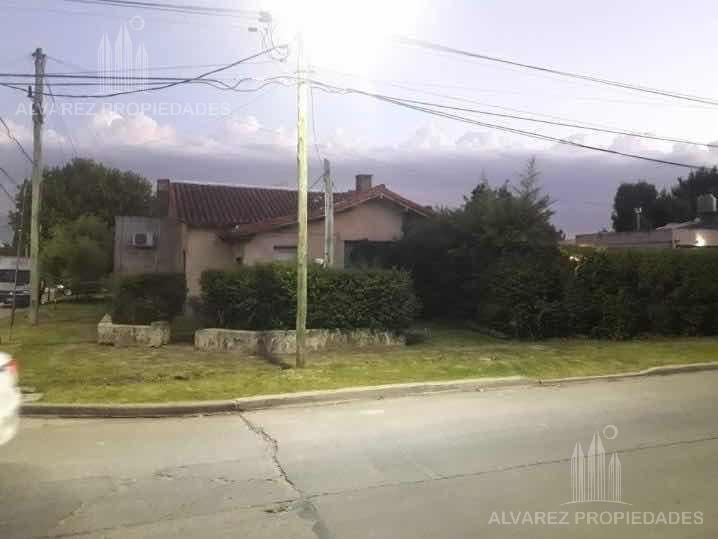 Foto Casa en Venta en  Ituzaingó Norte,  Ituzaingó  Saldan y Thorne
