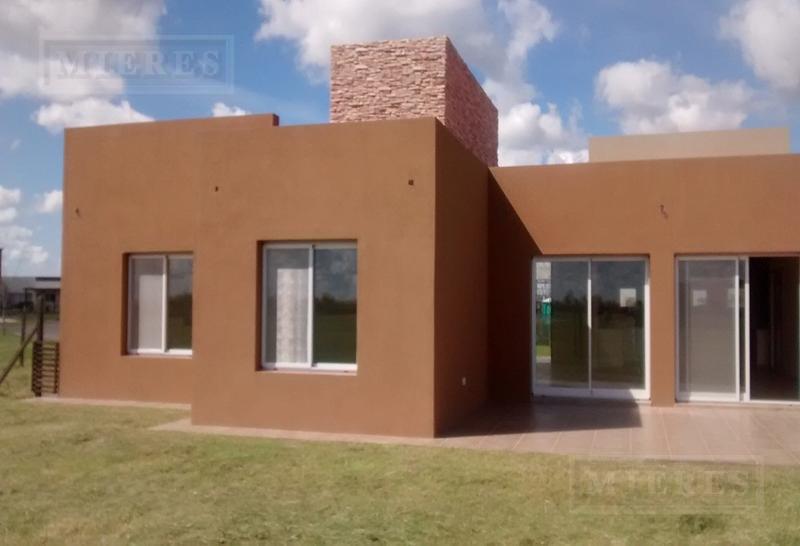 Casa en alquiler en El Canton Barrio Golf