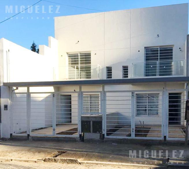 Foto Casa en Venta en  Remedios De Escalada,  Lanus  MACHADO 3333, ESCALADA