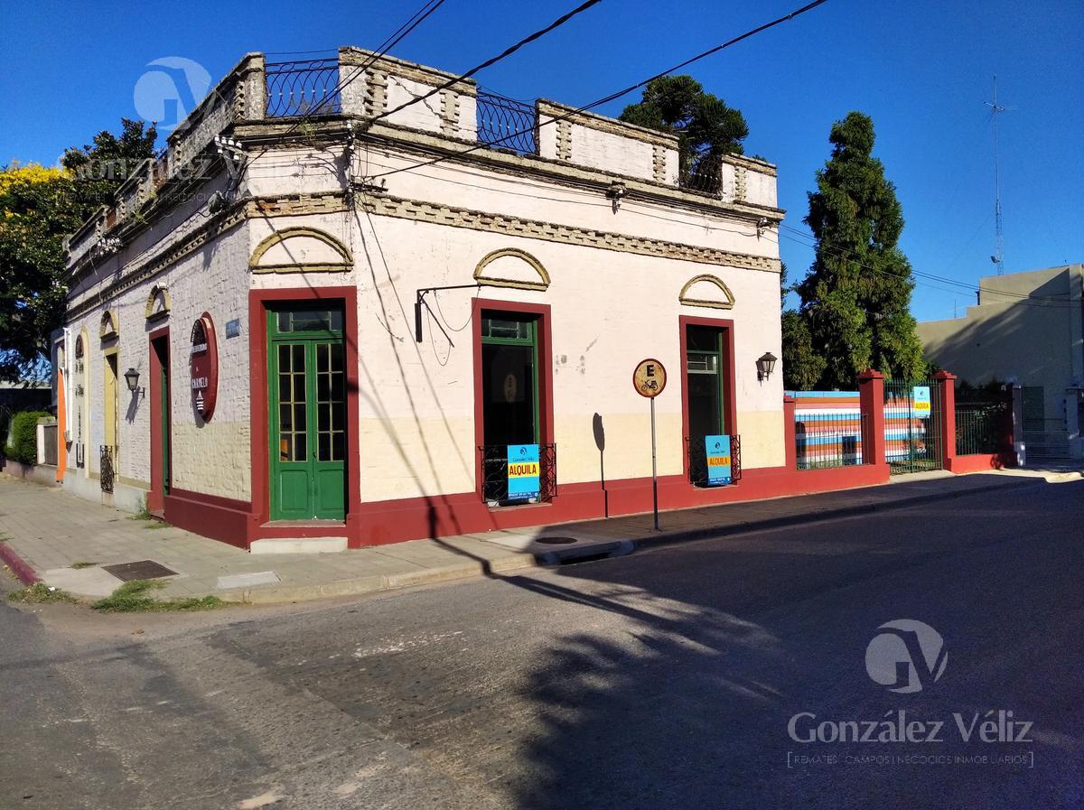Foto Local en Alquiler en  Carmelo ,  Colonia  Av. Artigas esquina Zorrilla