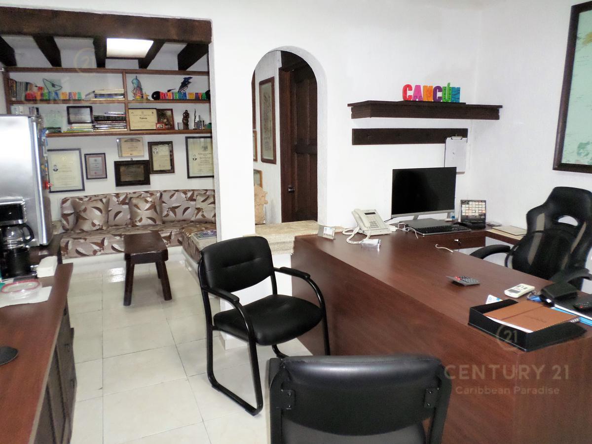 Foto Oficina en Venta en  Cancún ,  Quintana Roo  OFICINA DE 3 NIVELES EN VENTA CANCUN | CENTRO C2522