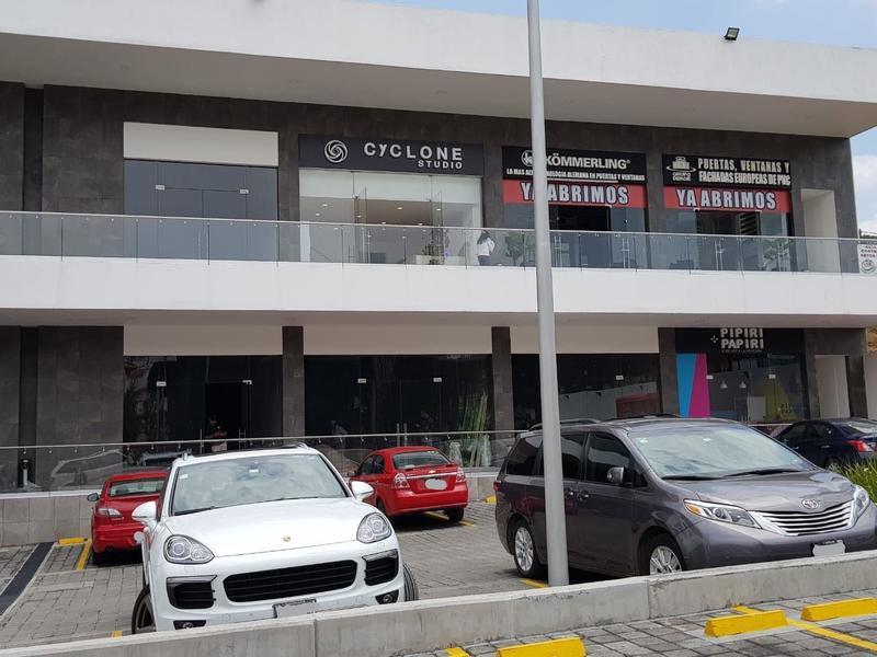 Foto Local en Renta en  Bosque Esmeralda,  Atizapán de Zaragoza  En renta Locales comerciales para Restaurante en Zona Esmeralda