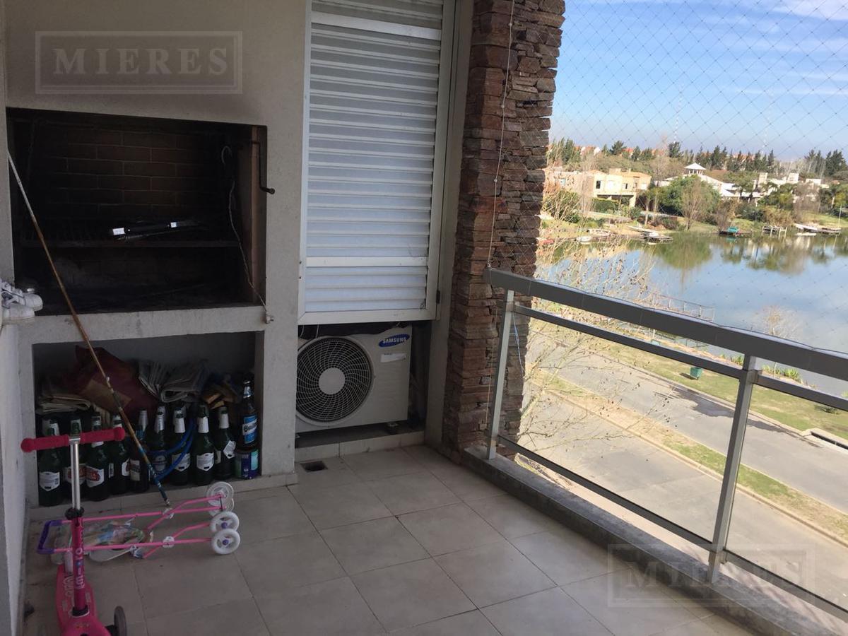 Departamento en venta en Praderas de Santa Barbara