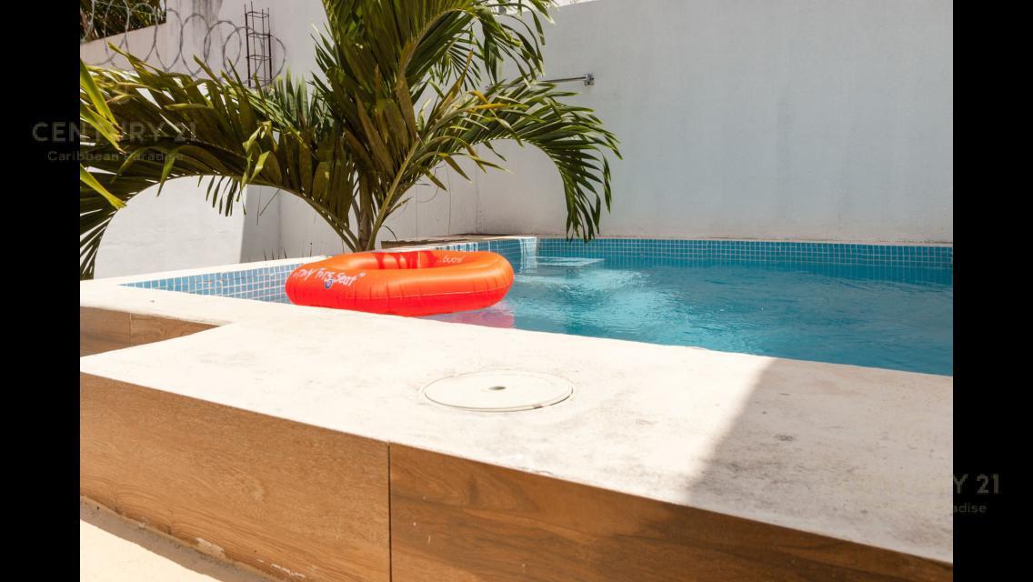 Foto Casa en Renta en  Playa del Carmen ,  Quintana Roo  Se renta casa de 2 recámaras amueblada y piscina privada en Calle Principal de Los Olivos II, Playa del Carmen P2839