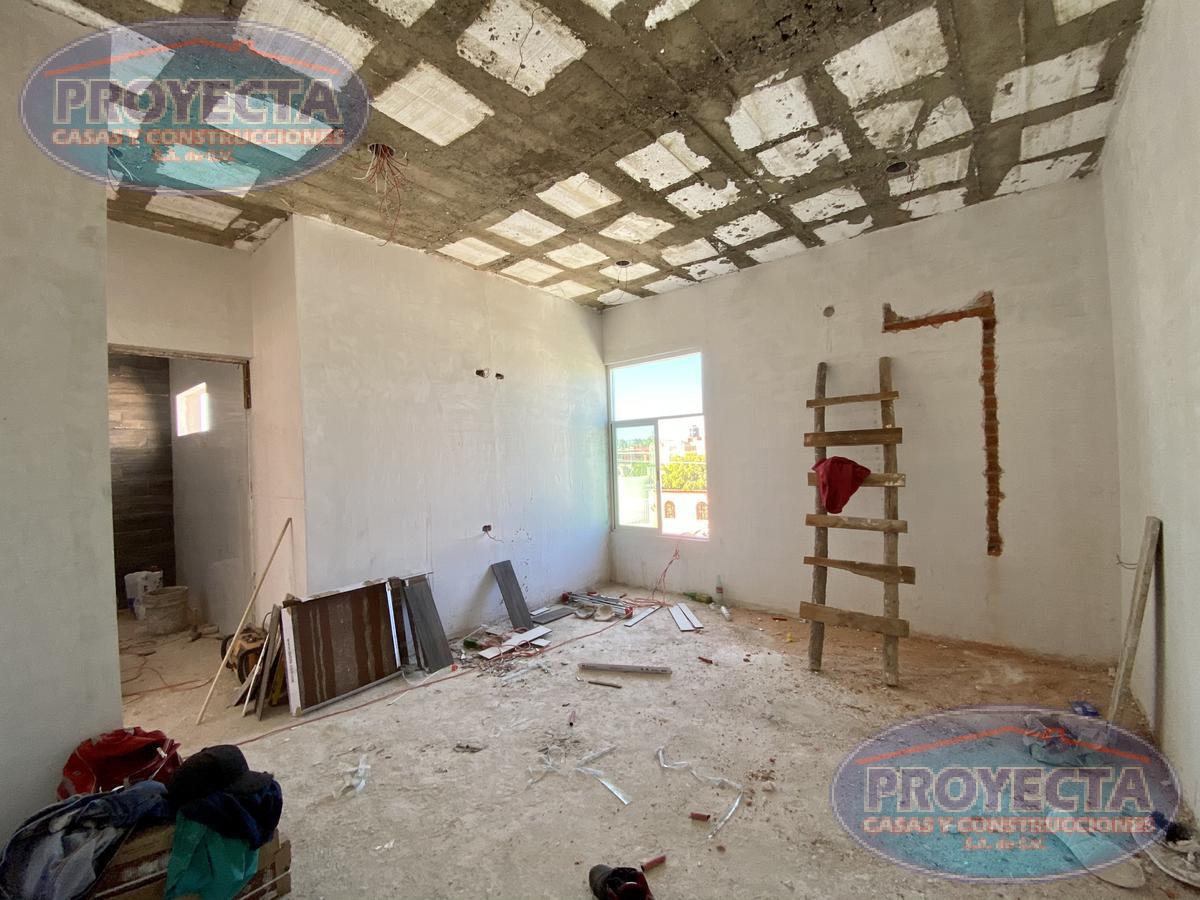 Foto Casa en Venta en  Fraccionamiento Domingo Arrieta,  Durango  CASA NUEVA CON TERRENO AMPLIO A UNAS CUADRAS  DE LA SEP