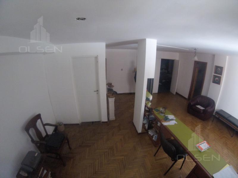 Foto Oficina en Venta en  Centro,  Cordoba  OFICINA - 200m2- s/ Peatonal - Ayacucho al 100