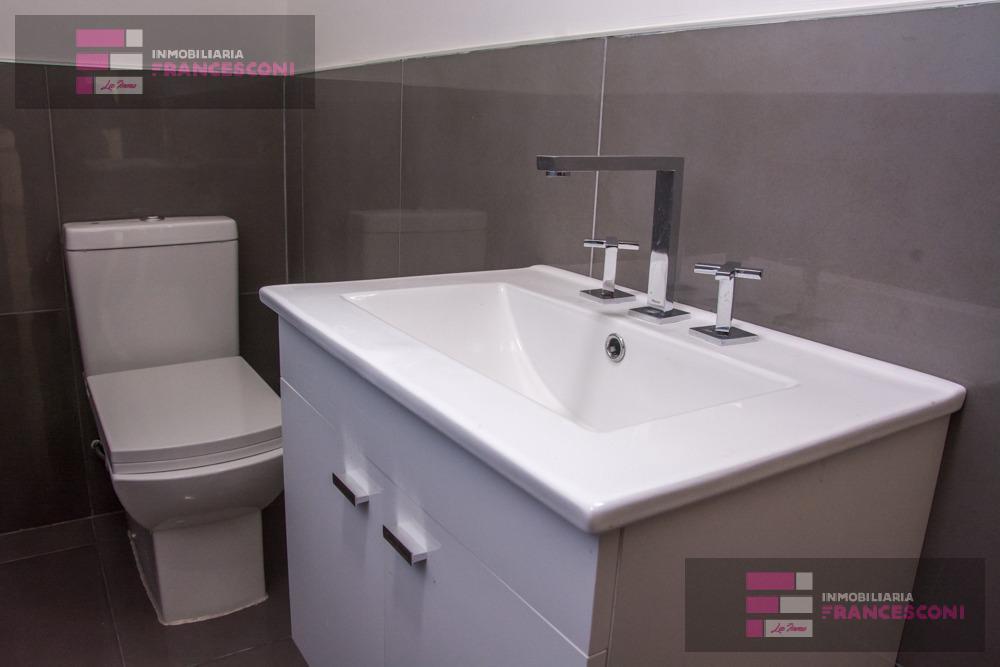 Foto Casa en Venta en  Microcentro,  La Plata  43 e 21 y 22