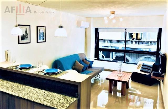Foto Apartamento en Alquiler en  Centro,  Montevideo  Andes al 1300