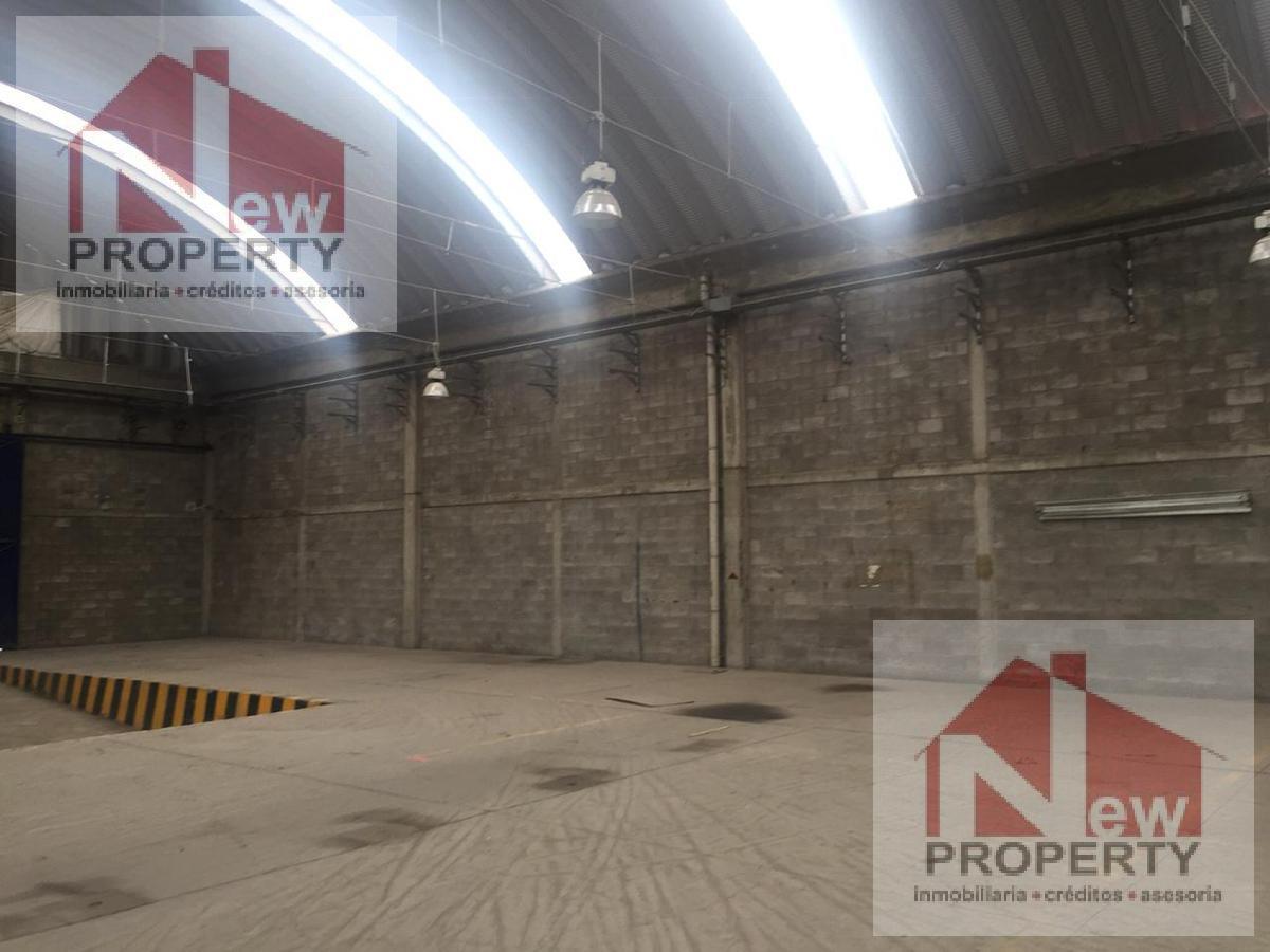 Foto Nave Industrial en Renta en  San Vicente Chicoloapan de Juárez Centro,  Chicoloapan  Se renta bodega de 3000m2 en San Vicente Chicoloapan