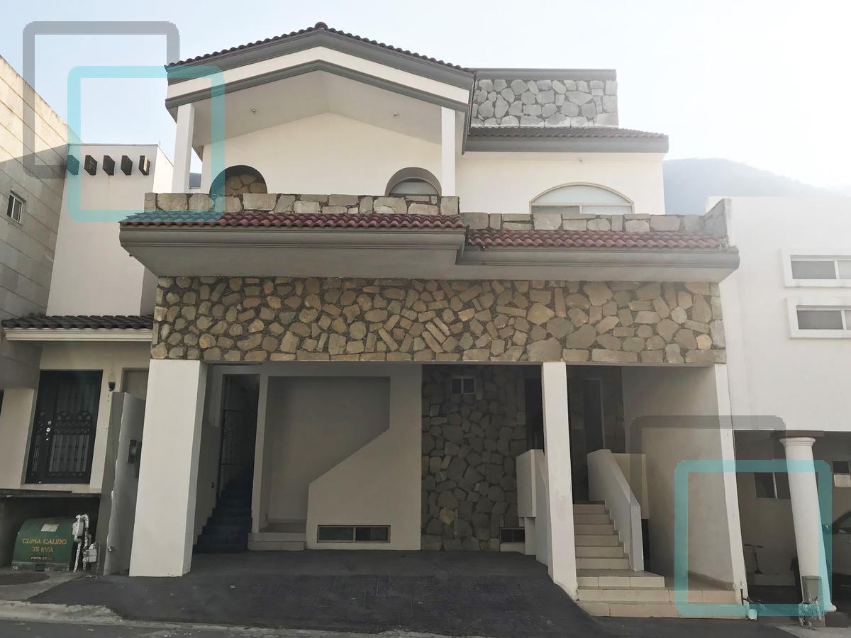 Foto Casa en Renta en  Privanzas 5 Sector,  Monterrey  CASA EN RENTA PRIVANZAS 5 SECTOR ZONA MONTERREY