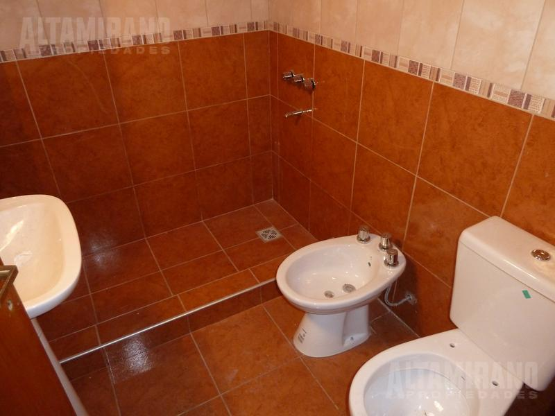 Foto Departamento en Alquiler en  Villa Ballester,  General San Martin  San Lorenzo al 2200