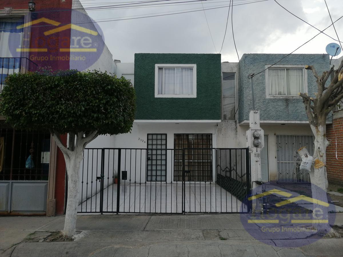Bonita casa en venta Colinas de Santa Julia León Gto.