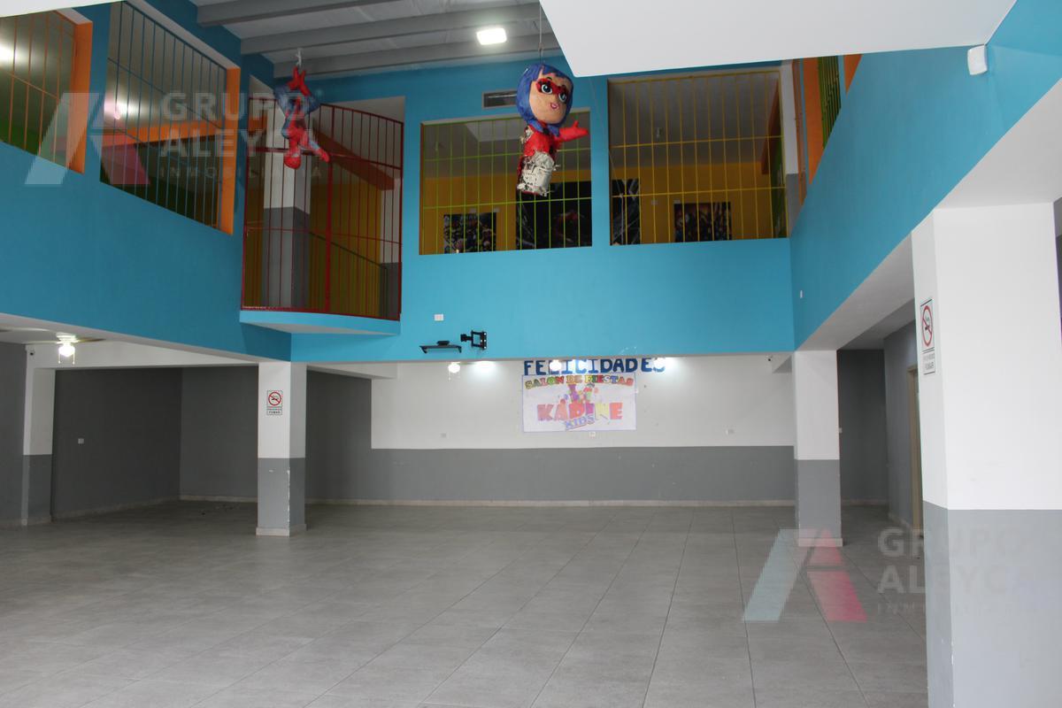 Foto Bodega Industrial en Venta en  Obrera,  Chihuahua  SALON DE EVENTOS