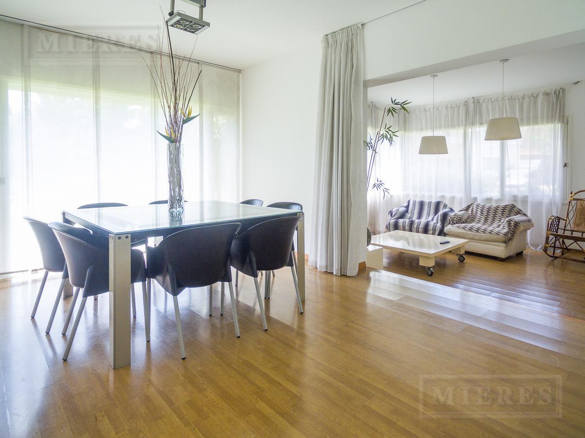 Mieres Propiedades - Casa en venta  en La Caballeriza - Acepta financiación
