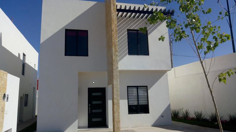 Foto Casa en Venta en  Torreón ,  Coahuila  Casa en Venta en Residencial los LLanos en Torreón