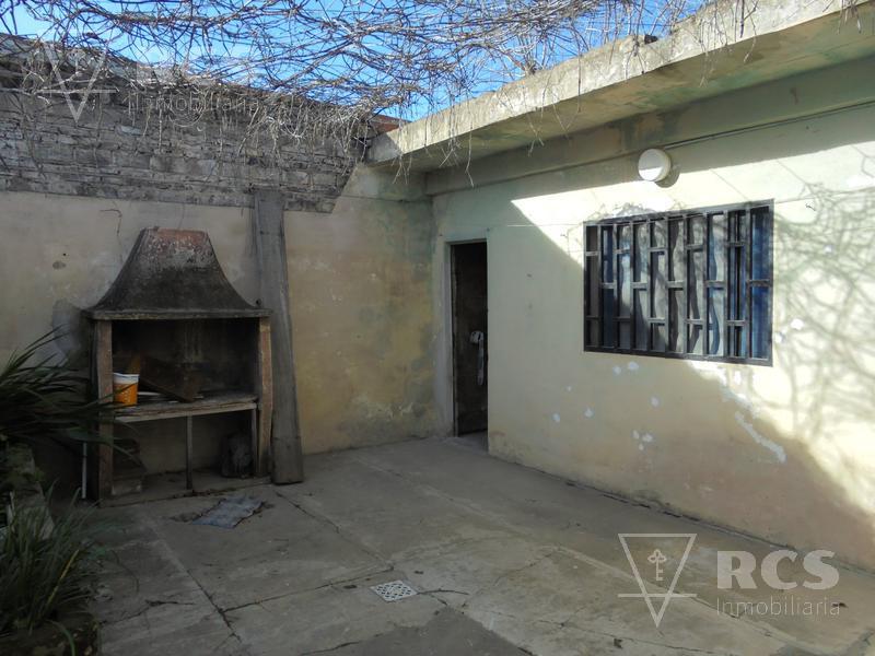 Foto Casa en Venta en  Oeste,  Rosario  GARZON 2735