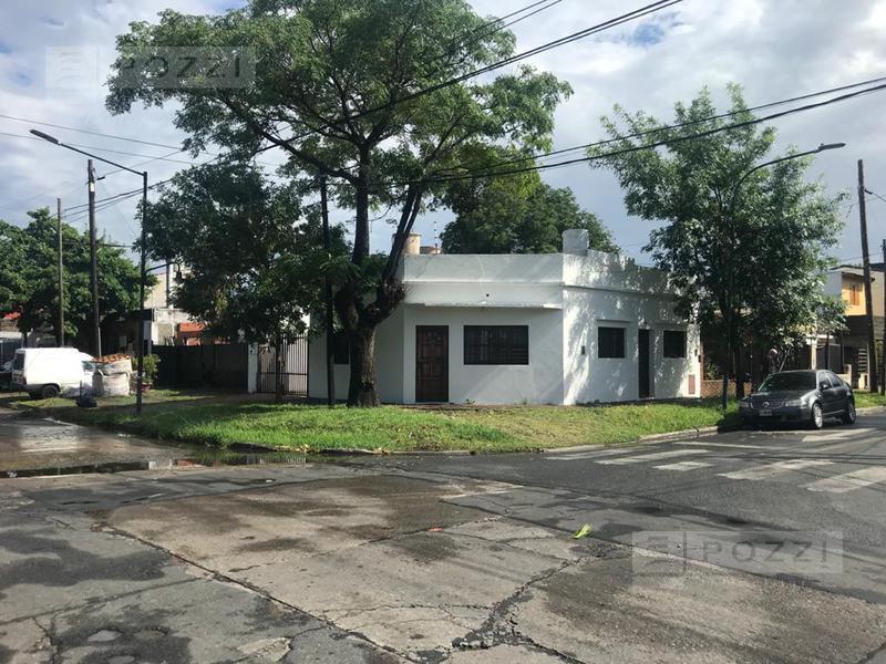 Foto Casa en Venta en  Villa Adelina,  San Isidro  Virrey Vertiz 700