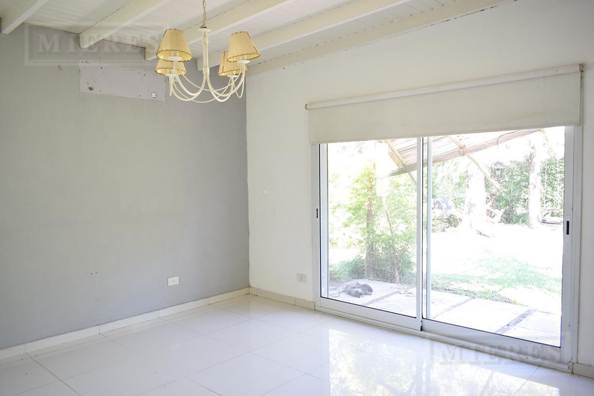 Mieres Propiedades - Casa de 190 mts en La Montura en venta