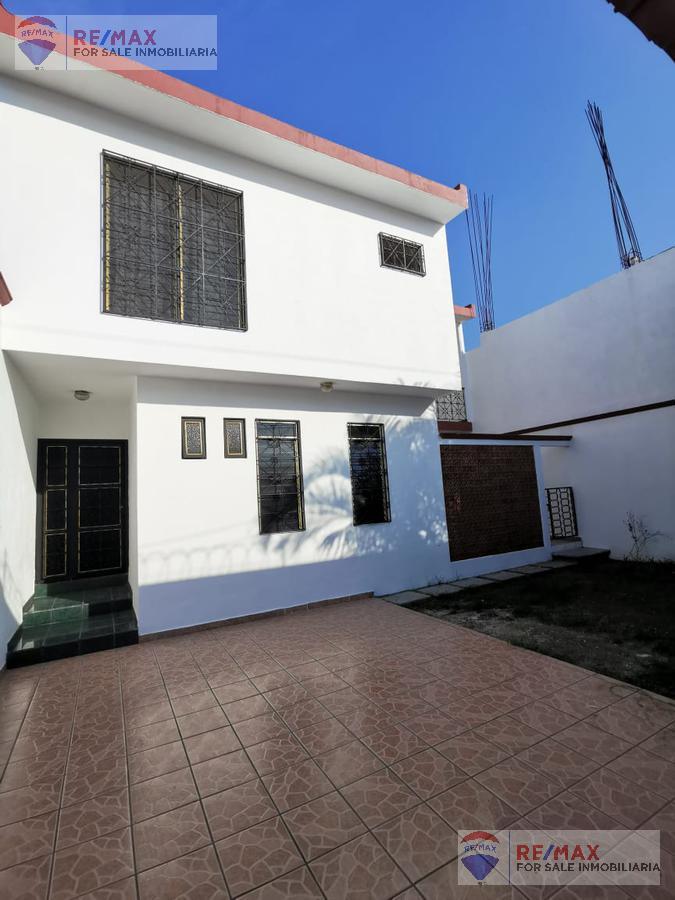 Foto Casa en Venta en  Fraccionamiento Lotes Alegría,  Cuernavaca  Venta de casa, cerca de Forum Cuernavaca, Morelos… Clave 3371