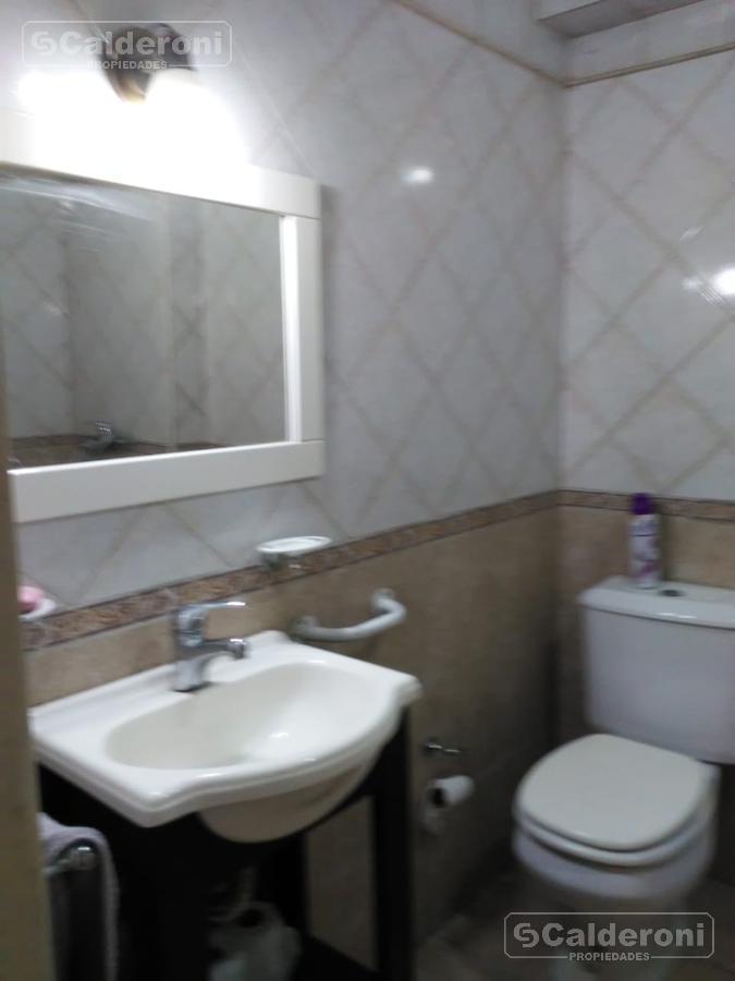 Foto Departamento en Venta en  San Cristobal ,  Capital Federal  LA Rioja 1231, 1° Piso