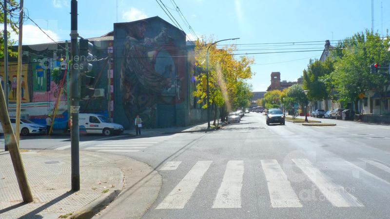 Foto PH en Alquiler en  Boca ,  Capital Federal  Av. Benito Pérez Galdós al 200