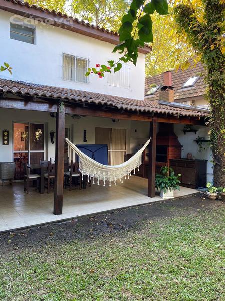 Foto Casa en Venta en  Mart.-Vias/Santa Fe,  Martinez  Vieytes 100 -  Martinez -San Isidro