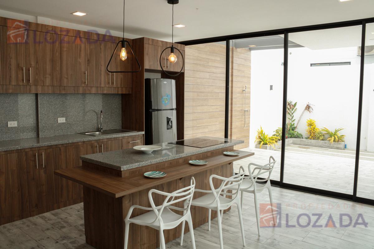 Foto Casa en Venta en  Salinas ,  Santa Elena  Vendo Casa en Salinas por Estrenar $129.000 Amoblado