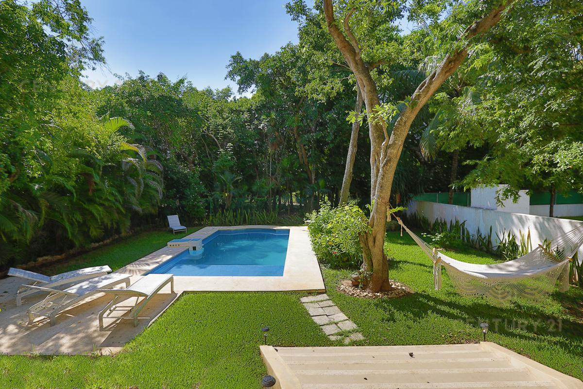 Playa del Carmen House for Sale scene image 2