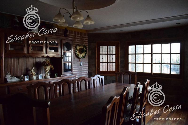 Foto Casa en Venta en  Banfield,  Lomas De Zamora   Amero al 200