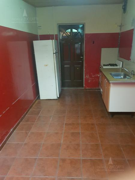 Foto Depósito en Alquiler en  Remedios De Escalada,  Lanus  Aconcagua 3282