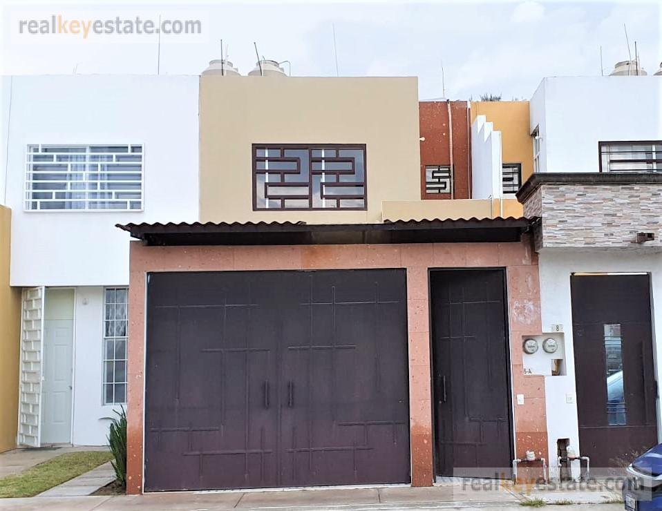 Foto Casa en Venta en  Estrella,  Silao  CASA EN VENTA EN FRACCIONAMIENTO PRIVADO BUENAVILLA, SILAO, GTO.