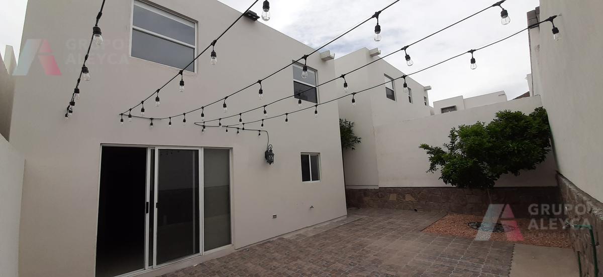 Foto Casa en Renta en  Chihuahua ,  Chihuahua  CIRCUITO PARQUE DE LAS CAMPANAS No al 12256 FRACCIONAMIENTO RESERVA DEL PARQUE
