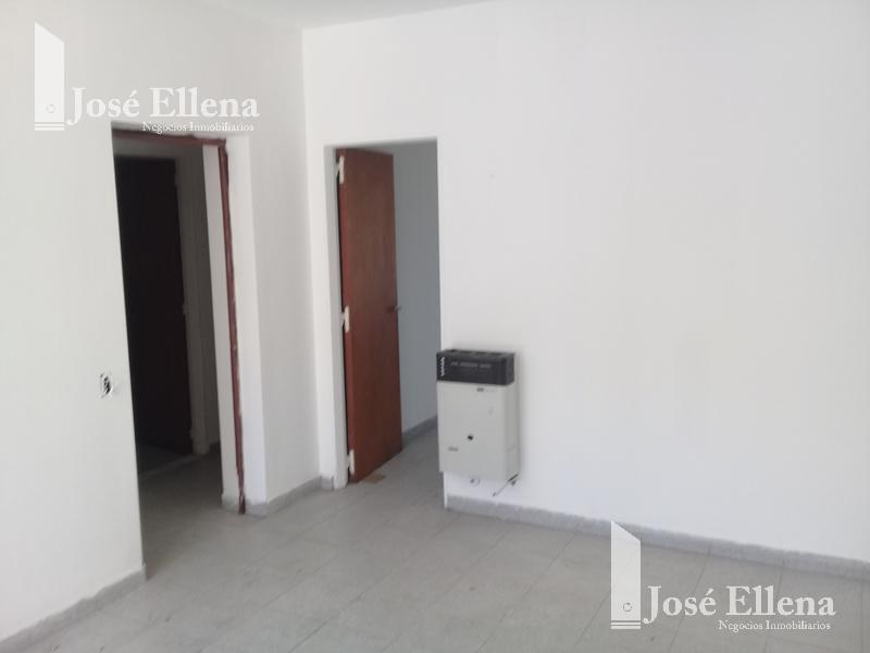Foto Casa en Venta en  Zona Sur,  Rosario  24 de SEPTIEMBRE al 2200