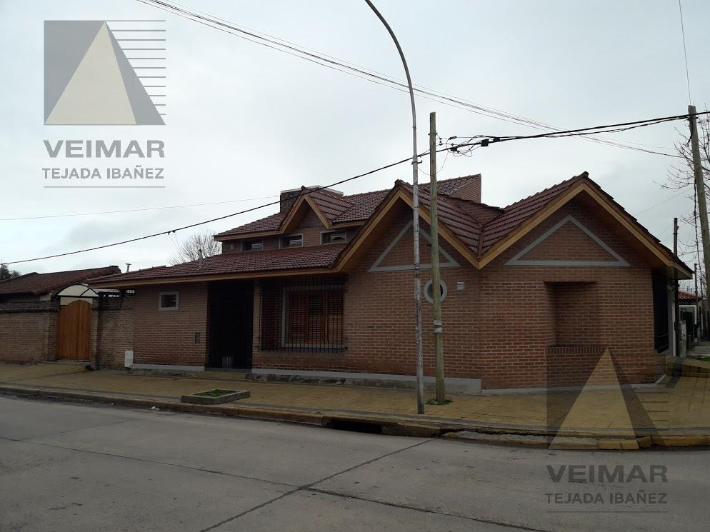 Foto Casa en Venta en  Berisso,  Berisso  153 ESQ. 16 BERISSO