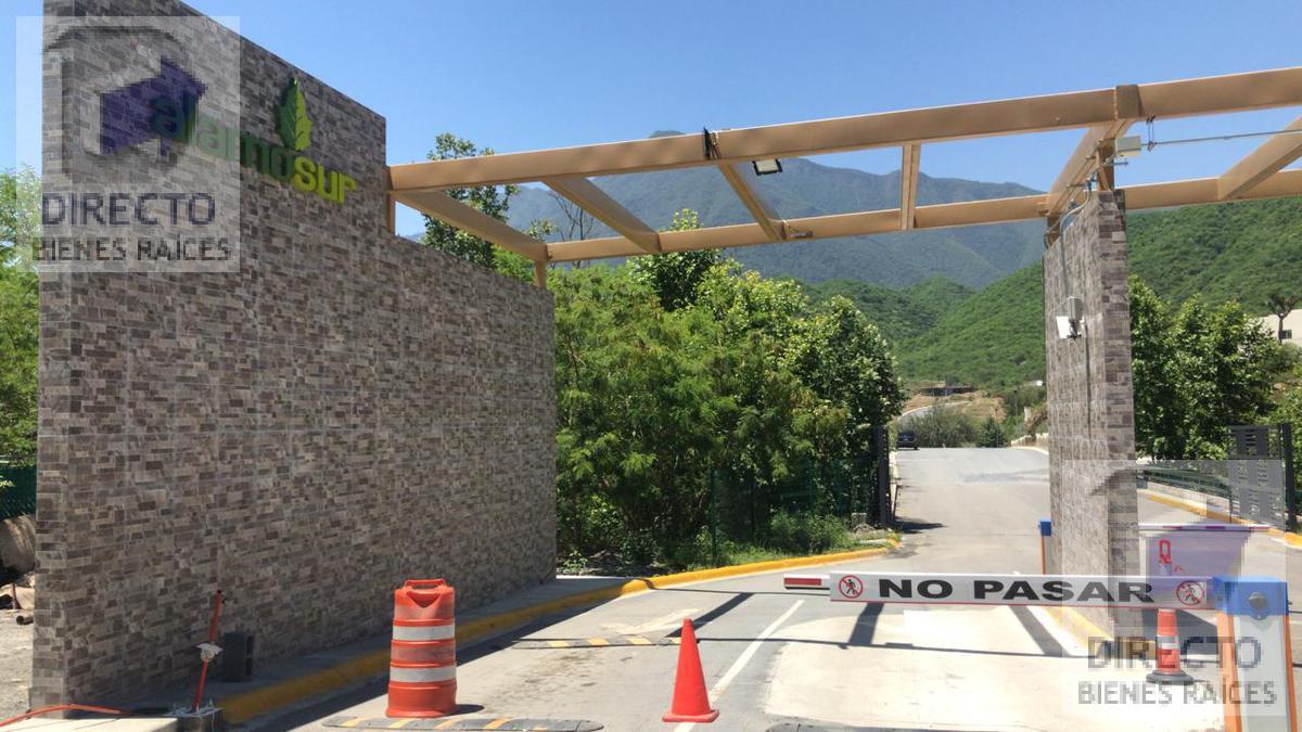 Foto Terreno en Venta en  Santiago ,  Nuevo León  Terreno en Alamo Sur