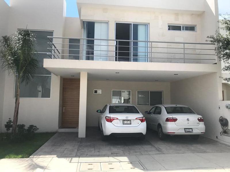 Foto Casa en Venta en  Fraccionamiento La Soledad,  Aguascalientes  M&C CASA VENTA/ RENTA EN FRACC. LORETTA, ZONA NORTE, AGUASCALIENTES
