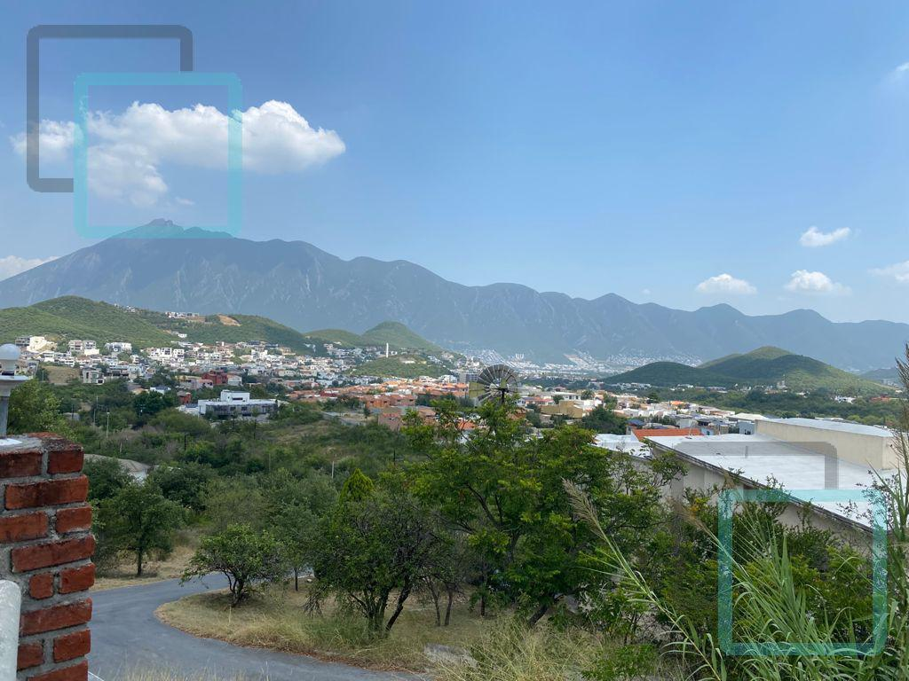 Foto Terreno en Venta en  Hacienda Los Encinos,  Monterrey  TERRENO EN VENTA AZULEJOS ZONA CARRETERA NACIONAL MONTERREY