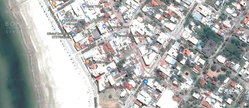 Foto Apartamento en Venta en  Centro,  Piriápolis  Chacabuco casi Piria Centro de Piriápolis