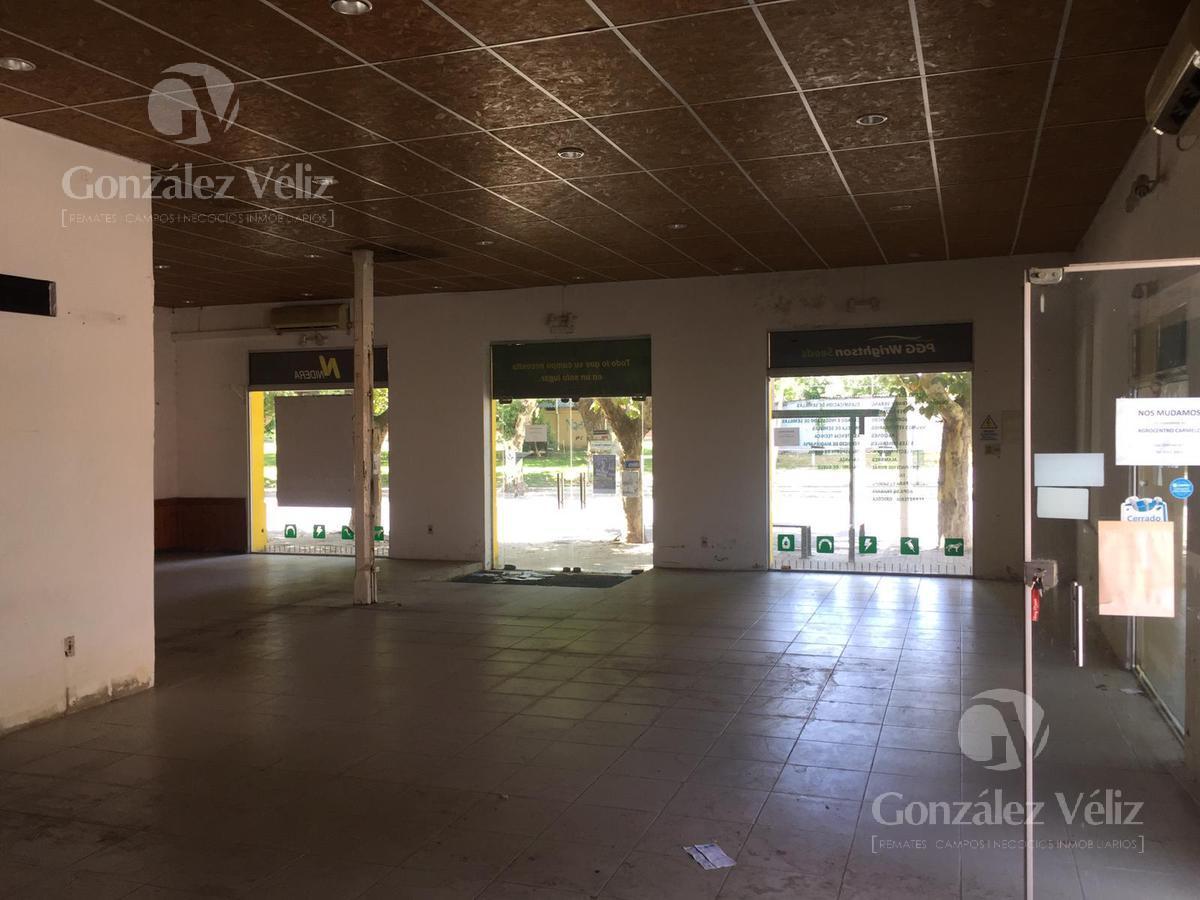 Foto Local en Alquiler en  Tarariras ,  Colonia  Artigas y Jose Pedro Varela