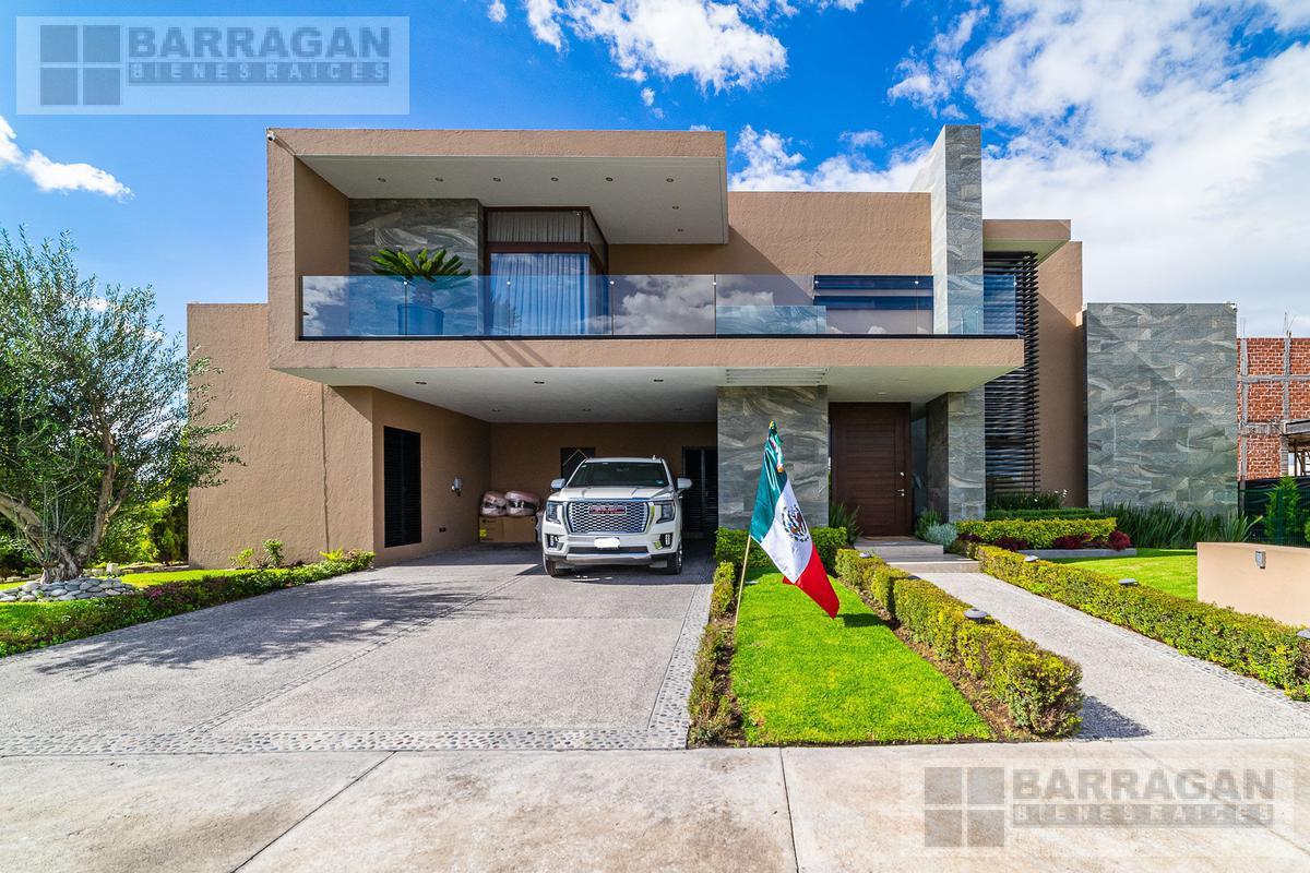 Foto Casa en Venta en  Fraccionamiento El Campanario,  Querétaro  Espectacular Casa en Venta en el Campanario, Querétaro