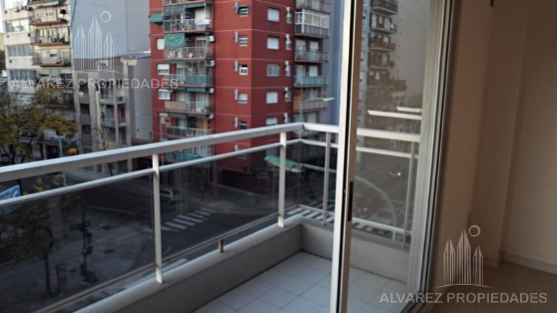 Foto Departamento en Venta en  Boedo ,  Capital Federal  Av. Independencia al 2600