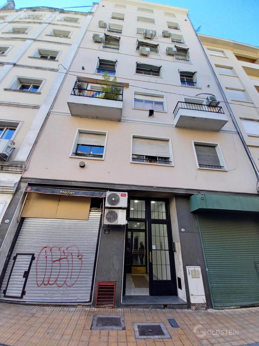 Foto Oficina en Alquiler en  Monserrat,  Centro (Capital Federal)  Balcarce al 200